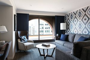 Suite - Marriott Long Wharf Hotel Boston
