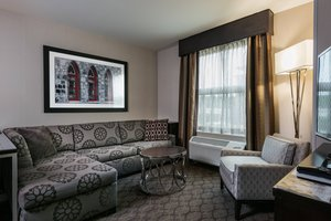 Suite - Residence Inn by Marriott Needham