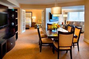 Suite - Marriott Hotel Quincy
