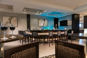 Bar - Courtyard by Marriott Hotel Worcester