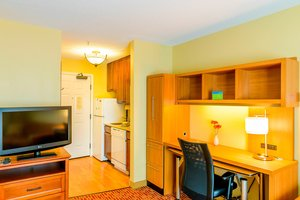 Suite - TownePlace Suites by Marriott Town Center Bowie