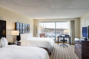 Room - Renaissance by Marriott Harborplace Hotel Baltimore