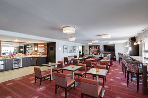 Bar - Renaissance by Marriott Harborplace Hotel Baltimore