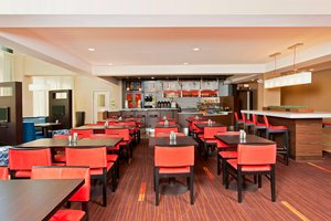 Restaurant - Courtyard by Marriott Hotel Elmhurst