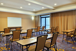 Meeting Facilities - Courtyard by Marriott Hotel St Charles
