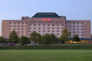 Exterior view - Marriott Hotel Cedar Rapids