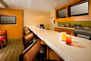 Bar - TownePlace Suites by Marriott Bridgeport