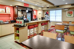 Restaurant - TownePlace Suites by Marriott Westlake