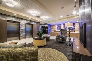 Lobby - Fairfield Inn & Suites by Marriott Downtown Denver