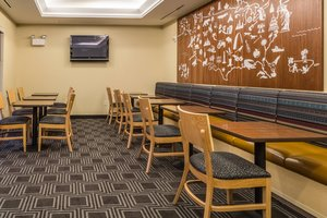 Restaurant - TownePlace Suites by Marriott Dayton
