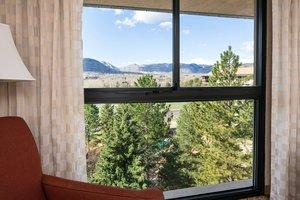 Room - Marriott Hotel Golden