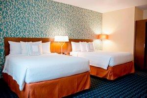 Room - Fairfield Inn & Suites by Marriott Urbandale