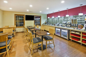 Restaurant - TownePlace Suites by Marriott Livonia