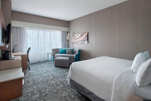 Room - Courtyard by Marriott Hotel Elizabeth