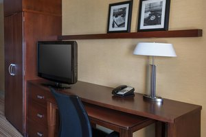 Room - Courtyard by Marriott Hotel West Orange