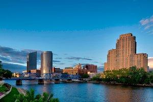 Grand Rapids Hotels Close To Van Andel
