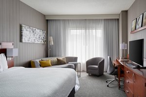 Room - Courtyard by Marriott Hotel Downtown Grand Rapids