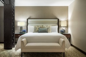 Suite - JW Marriott Hotel Downtown Houston