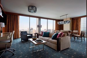 Suite - Marriott Marquis Hotel Convention Center Houston