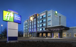 Exterior view - Holiday Inn Express North Red Deer