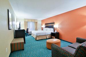 Room - Holiday Inn Bismarck