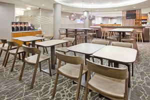 Restaurant - SpringHill Suites by Marriott East Wichita