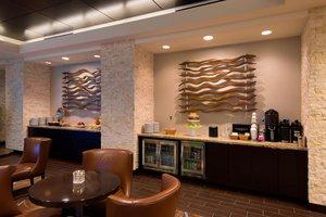Bar - Marriott Hotel Wichita