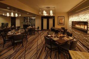 Restaurant - Marriott Hotel Wichita