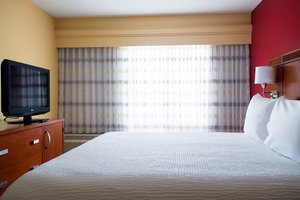 Suite - Courtyard by Marriott Hotel Airport Indianapolis