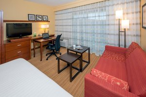 Room - Courtyard by Marriott Hotel Hanes Mall Winston-Salem
