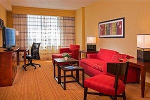 Suite - Courtyard by Marriott Hotel Long Island Ronkonkoma