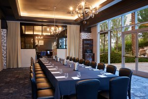 Restaurant - JW Marriott Resort Spa & Golf Las Vegas