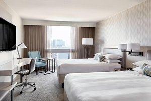 Room - Marriott Hotel LAX Airport Los Angeles
