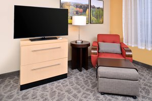 Suite - TownePlace Suites by Marriott Commerce Township