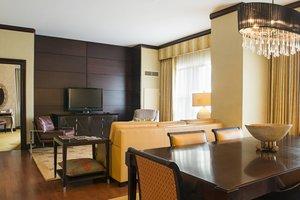 Suite - Marriott Hotel Penn Square Lancaster