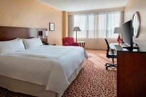 Room - Marriott Hotel Overland Park