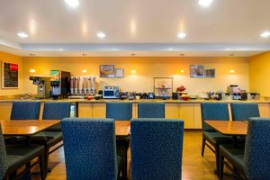 Restaurant - TownePlace Suites by Marriott Overland Park