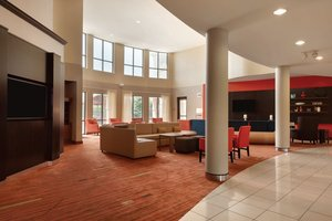 Lobby - Courtyard by Marriott Hotel Junction City