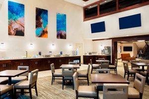 Restaurant - Residence Inn by Marriott Aventura