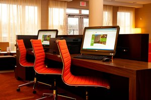 Conference Area - Courtyard by Marriott Hotel Airport Milwaukee