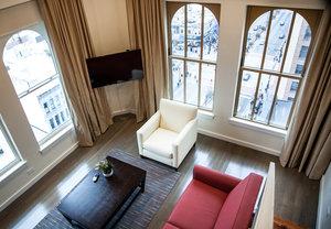 Suite - Hotel Indigo Downtown Newark