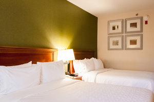 Room - Holiday Inn Express Hotel & Suites Hagerstown