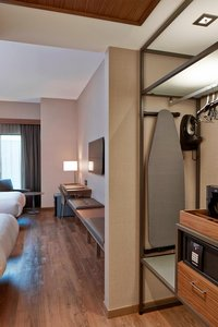 Room - AC Hotel by Marriott Downtown Minneapolis