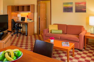 Suite - TownePlace Suites by Marriott Harahan