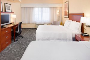 Room - Courtyard by Marriott Hotel Paso Robles