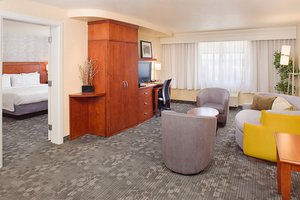 Suite - Courtyard by Marriott Hotel Paso Robles