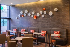 Restaurant - Residence Inn by Marriott University Seattle