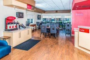 Restaurant - TownePlace Suites by Marriott near Angel Stadium Anaheim