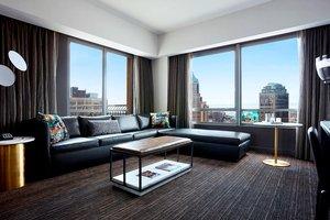 Suite - Marriott at Brooklyn Bridge Hotel Brooklyn