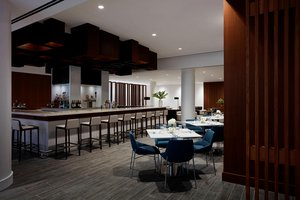 Restaurant - Marriott Hotel & Conference Center Uniondale